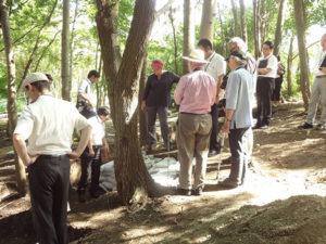 海外専門家が発掘調査現場を視察しました